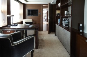 Princess 40M Owner's Suite Ante Room